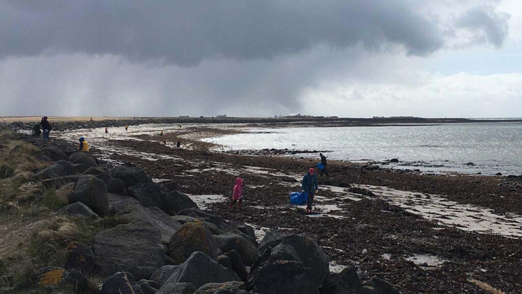 Skipuleggðu þína eigin strandhreinsun, leiðbeiningar á landvernd.is